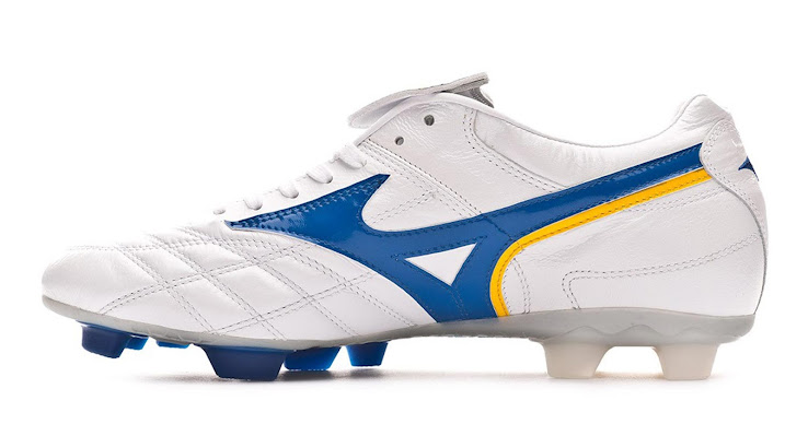 b976def78d71 2 of 4. 3 of 4. 4 of 4. 1 of 4. Tech-wise, the Mizuno Wave Cup 2002 World Cup  2018 remake football boots feature ...