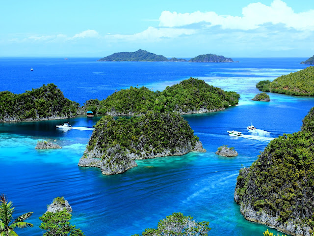 Best Places to Visit in Indonesia - RictasBog