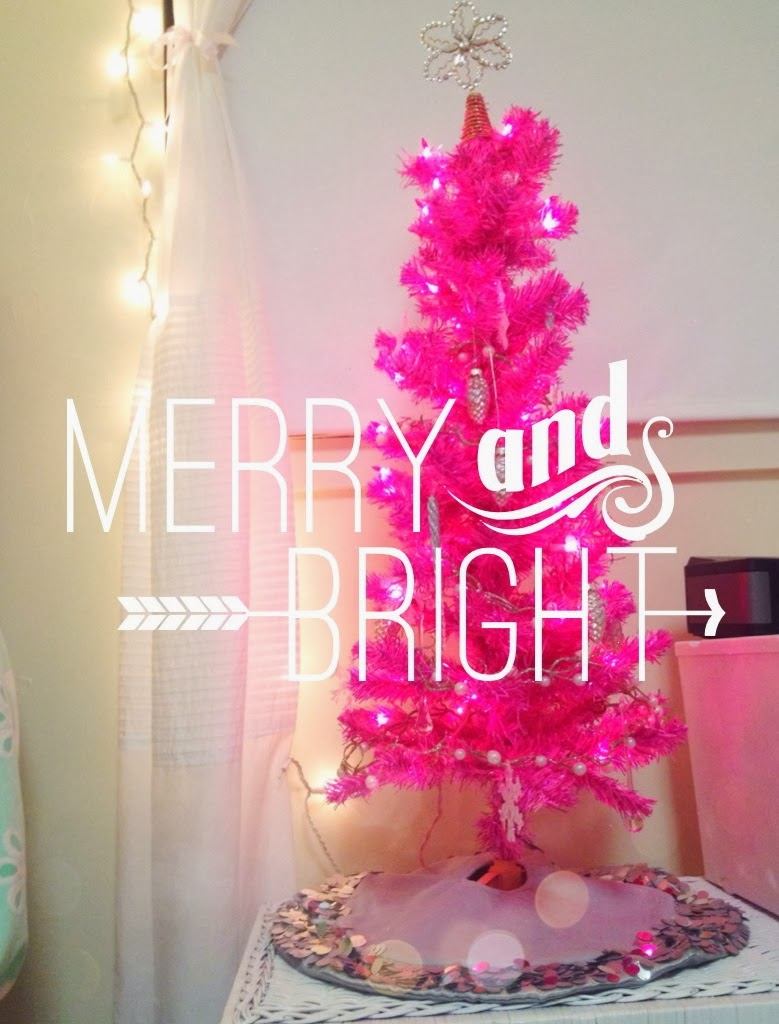 Christmas Dorm Decor I Believe In Pink
