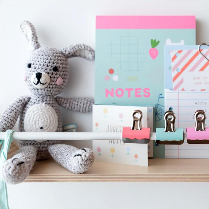 XL shelf white  from  Rafa-kids styling hideandsleep_interiors