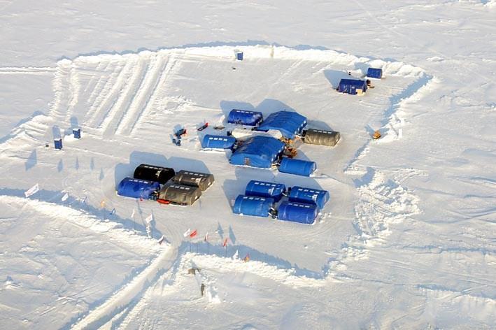 Ultima Thule: Barneo Ice Camp, a russian North Pole ...