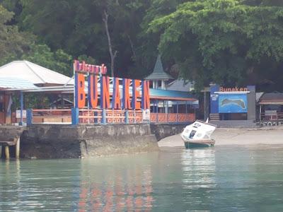 Dermaga di Pulau Bunaken