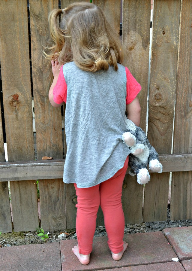 Sewing for the girl - Mini Briar Tee