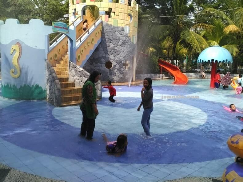 opi waterfun waterpark wisata keluarga di palembang