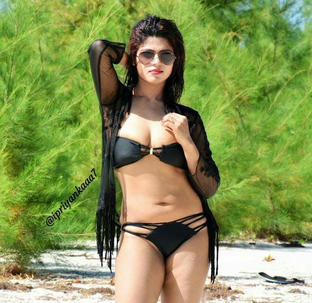 Enjoy with some hot and naughty young adult girls in Delhi