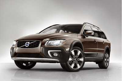 2016 Volvo XC70 Front View Model