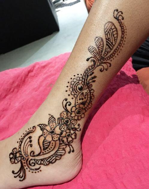 50 amazing henna tattoos for girls 2018 tattoosboygirl. Black Bedroom Furniture Sets. Home Design Ideas