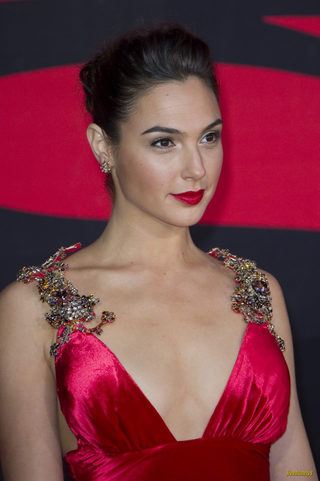 Jivebunnys Female Celebrity Picture Gallery: Gal Gadot Sexy Actress Image Gallery 1