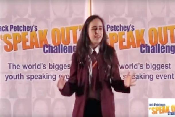 Pidato Bela Palestina, Gadis Inggris 'Disingkirkan' Dari Perlombaan Meski Juara