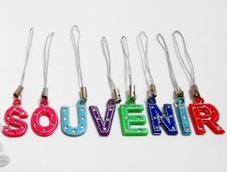 souvenir gantungan hp, souvenir gantungan hp boneka, souvenir gantungan hp murah.,
