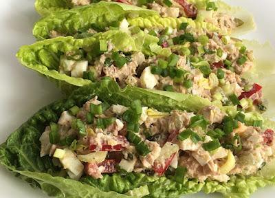 Sałatka z tuńczyka i selera naciowego