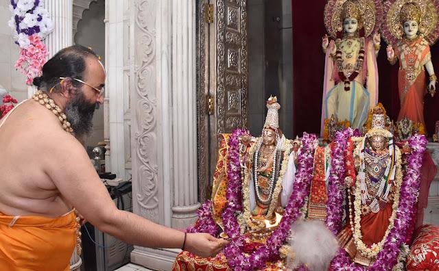 bhagwan lakshminarayan ka vivahotsav at shri sidhdata ashram