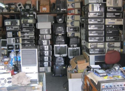 Peluang Bisnis Dari Barang Elektronik Bekas