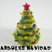 http://patronesamigurumis.blogspot.com.es/2014/12/patrones-arboles-de-navidad_8.html