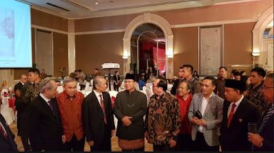 Guntur Romli KAGET : Prabowo Hadiri Hari Nasional China Dipuji-puji, Gak Adil Kan?