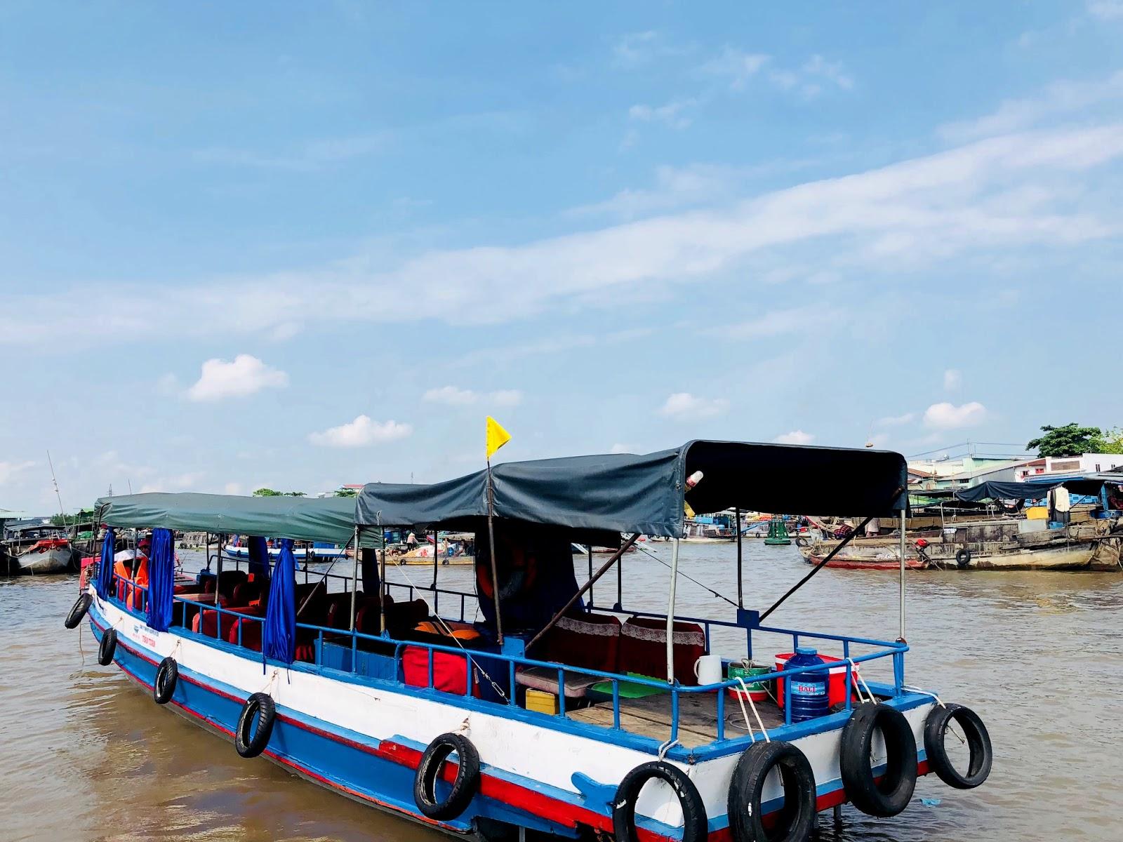 thuyền đi chợ nổi Cái Răng