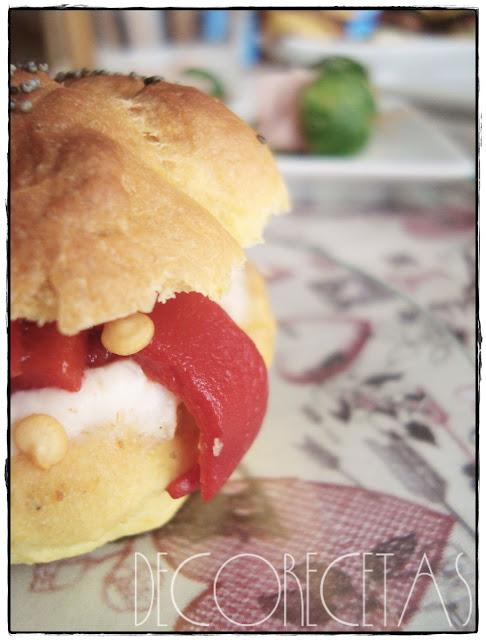 Mini hamburguesa de crema de bacalao y pimiento del piquillo