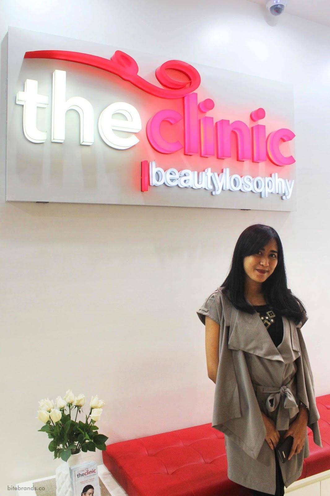 klinik kecantikan skincare laser wajah beauty clinic blogger vlogger indonesia terbaik pilihan favorit recommended liputan bisnis dokter estetika aman bahan alami krim menghilangkan jerawat kulit mulus anti aging review terapis jakarta beautylosophy produk