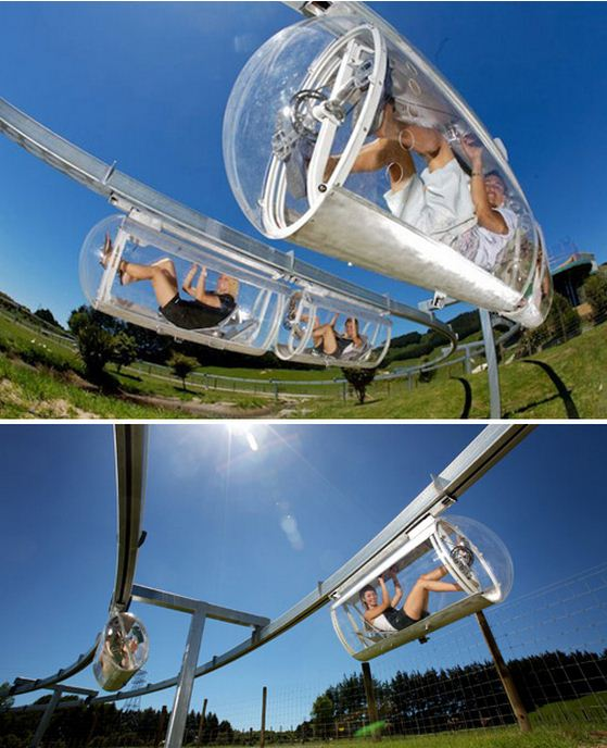 The Australian cyclist Geoffrey Barnett invents Shweeb, a Bike traveling above the traffic was suspended monorail