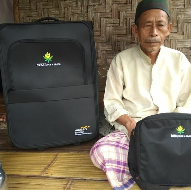 Kisah Nyata Umrah Marbot Tuna Netra 73 Tahun Setelah Puluhan Tahun Mengabdi