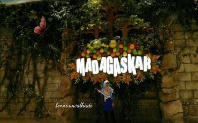 Jungle Resto Ala Madagaskar Plaza Senayan