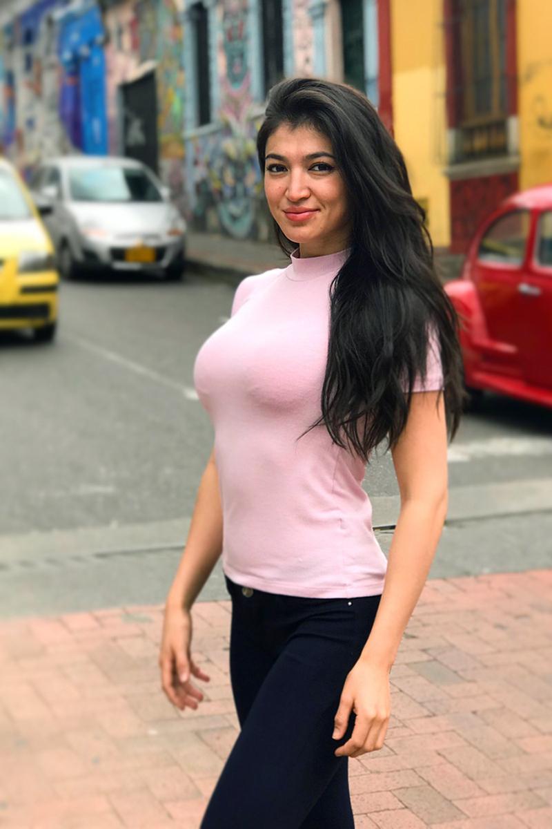 Gulzhan Nakipova  biri manis dan indah cantik dan imut