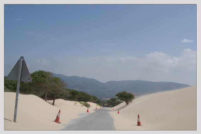 carretera y arena
