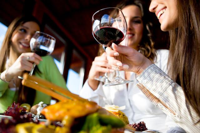 Ingressos para o passeio pelas cidades medievais e degustação de vinho prosecco em Veneza