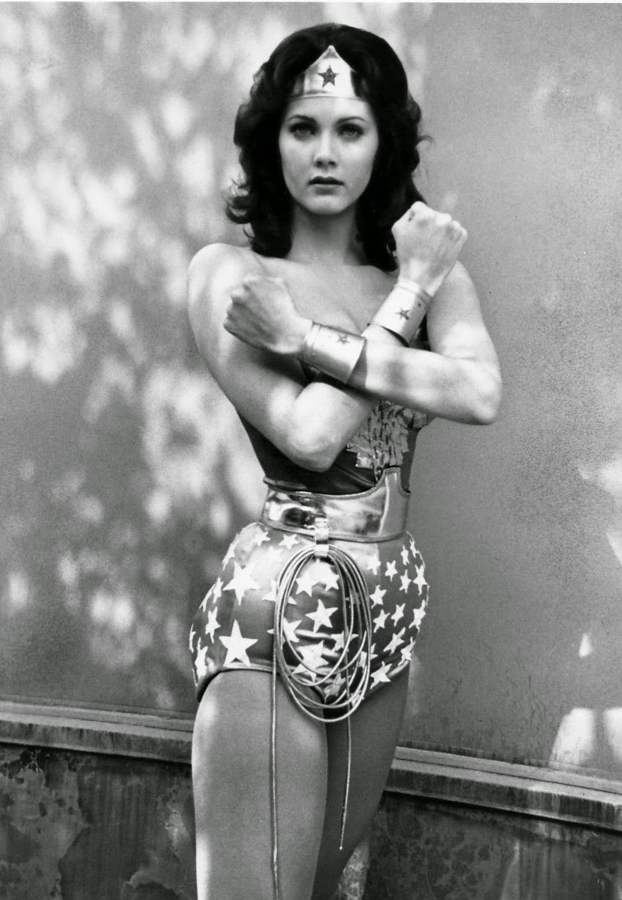 Tabatha Yeatts La face Indifférents Wonder Woman-1927