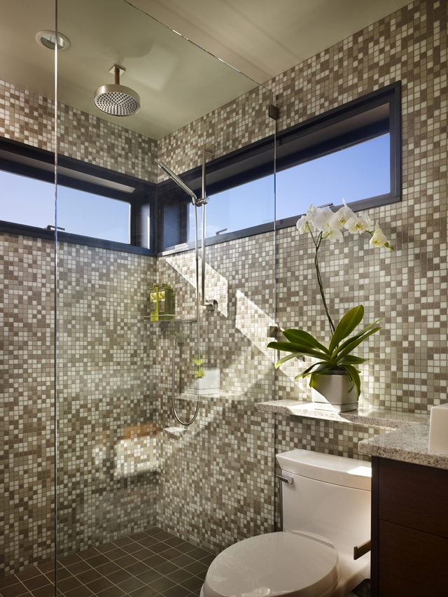 Photo of shower cabin inside of floating home