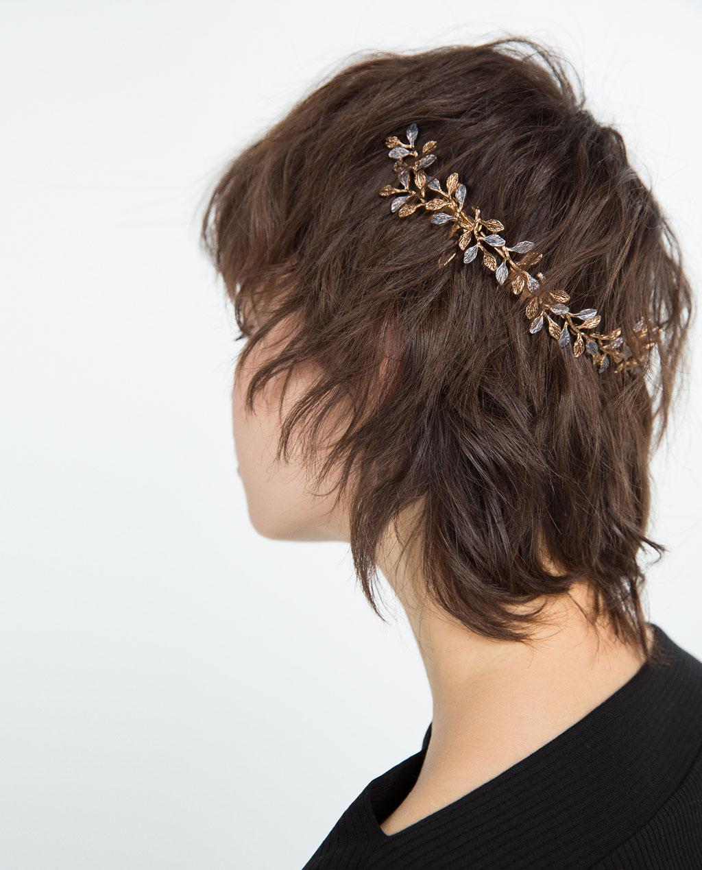 http//www.zara.com/es/es/mujer/accesorios/bisuteria/diadema,r%C3%ADgida,flores,c589501p3187222.html