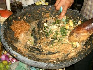 Resep Karedok Bumbu Kacang Khas Sunda