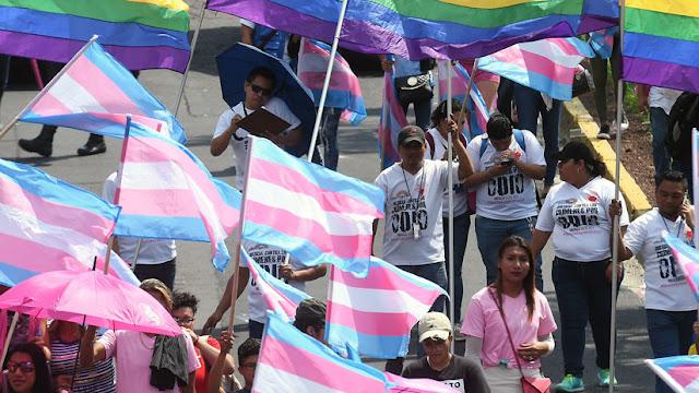 ¿Qué significa que la OMS haya sacado a la transexualidad de su lista de enfermedades mentales?