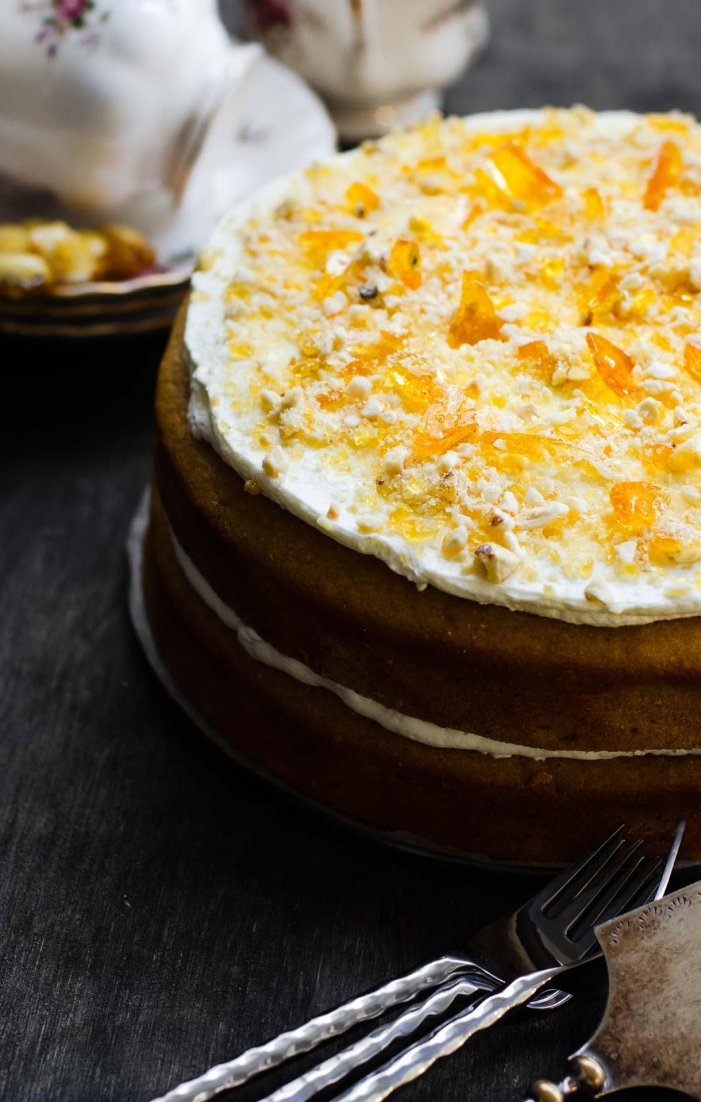 Pumpkin almond Praline Cake image