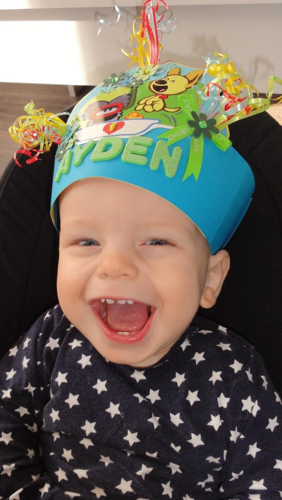 jarig muts Syl's Verjaardagsmutsen   Syl's Birthday Hats: juni 2013 jarig muts