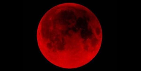 VIDEO: Luna roja sorprende a la CDMX; ¿qué significa?