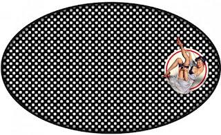 Pin Up en Negro y Rojo con Lunares: Wrappers y Toppers para Cupcakes para Imprimir Gratis.
