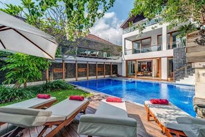 Dijual Villa Pantai Petitenget Bali