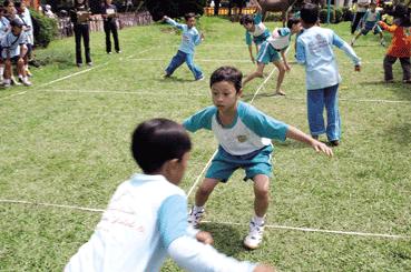 10 Permainan Tradisional Anak Khas Indonesia Yang Mulai Dilupakan Anak Paud Bermain Belajar