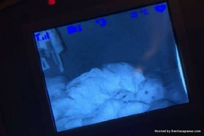 Ibu Terkedu Hantu Temani Anak Tidur Terakam CCTV