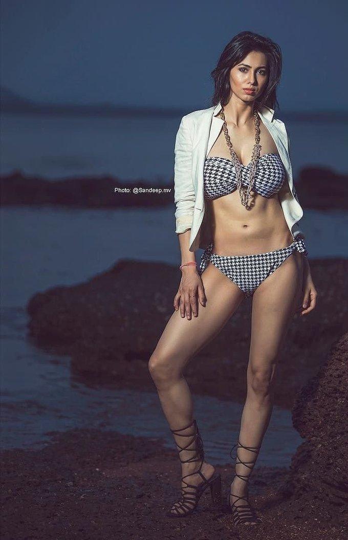 Richa Chaturvedi Latest Photoshoot by Sandeep MV