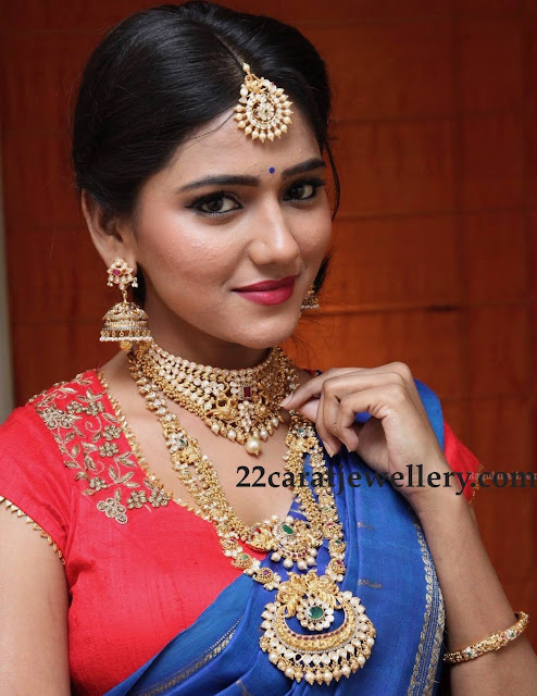 Shalu Chourasiya in Hiya Jewellery Designs