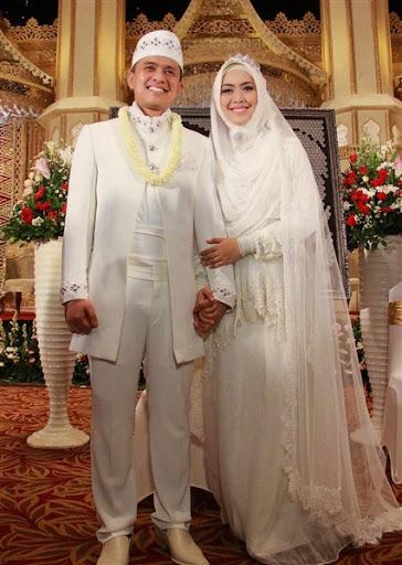 Baju Akad Nikah Pria : nikah, Pengantin, Muslim, Sederhana,, Trend, Model!