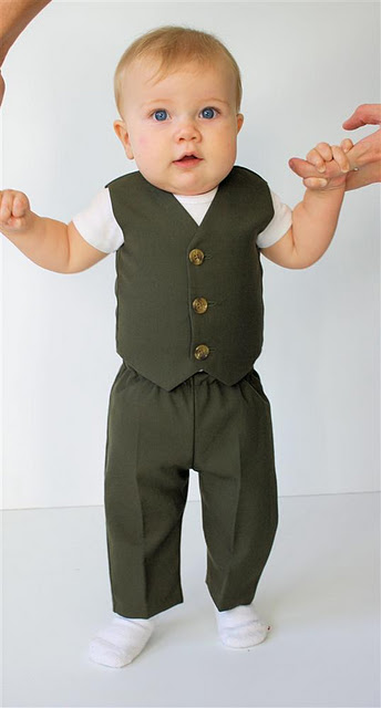 f01c0d4c9 Running With Scissors  Infant Formal Wear Giveaway