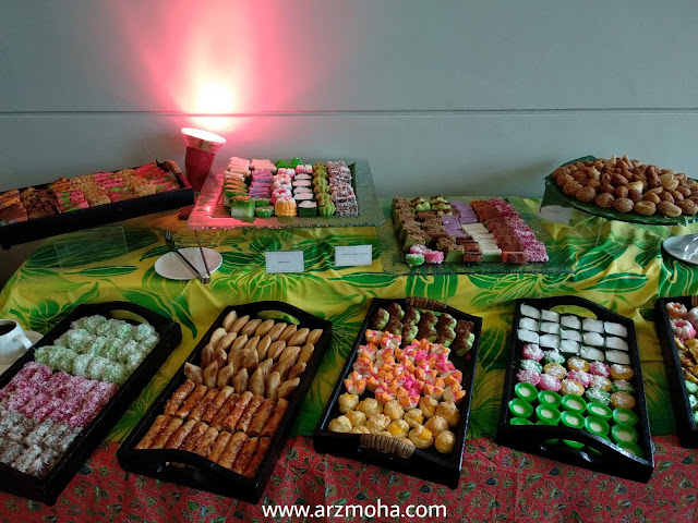 kuih muih, gambar kuih tradisiona melayu, menu buffet ramadhan vistana hotel penang, buffet ramadhan vistana hotel 2018, menu berbuka buffet ramadhan 2018, 101 resipi tok wan menu tradisional melayu,