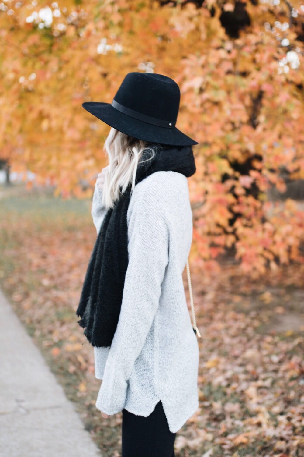 Black & gray fall outfit