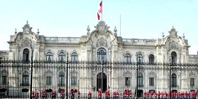 Foto del Palacio de Gobierno del Perú (Poder Ejecutivo) a color