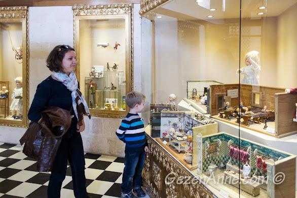 Gaziantep'te oğlumla oyuncak müzesi gezerken.