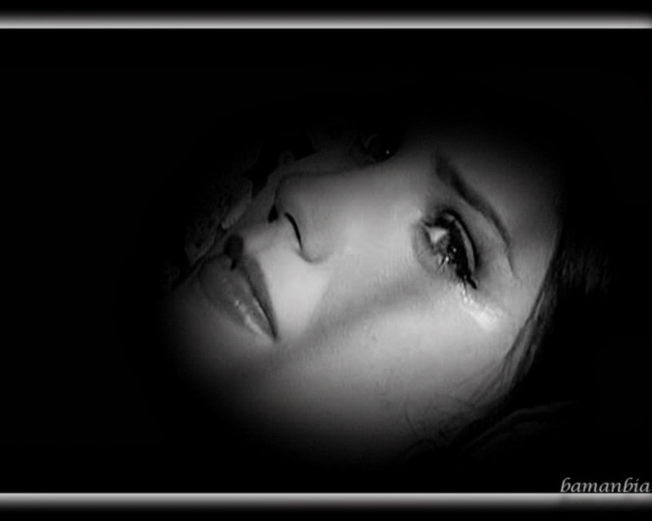 Girl in very saddy mood picture