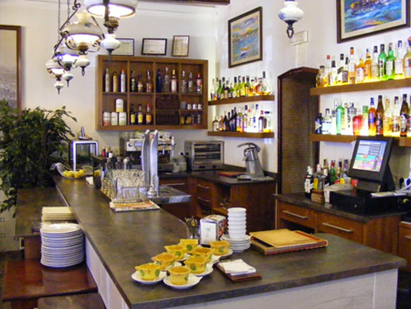 Restaurante en benicasim meson estafeta galeria - Clinica dental mediterranea ...